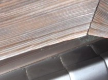 玄関上の破風板木劣化
