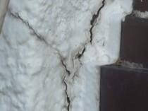 サンルーム 外壁ひび割れ