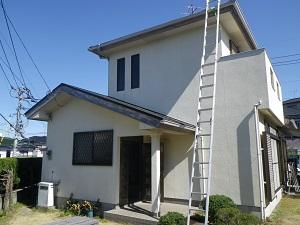 福岡市西区野方M様【屋根:夏季の熱暑を防ぐ塗料・外壁:汚れの染み込みを防ぐ塗料で塗装】:施工前