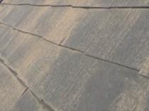 屋根 玄関上 変色