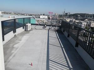 陸屋根の通気緩衝工法について