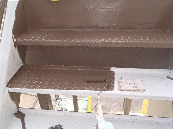 鉄製外階段の塗装