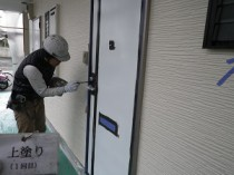 玄関ドア上塗り1