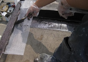 屋上のウレタン塗膜防水について