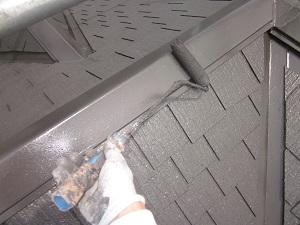 スレート瓦 鋼板の釘打ち替えと塗装工事