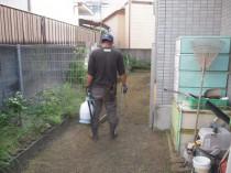 7除草剤散布