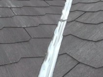 屋根 谷 塗膜剥離