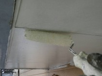 軒天井 下塗り