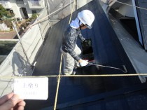 屋根 上塗り1