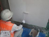 外壁 上塗り1回目 (3)