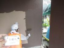 外壁 上塗り1回目 (11)